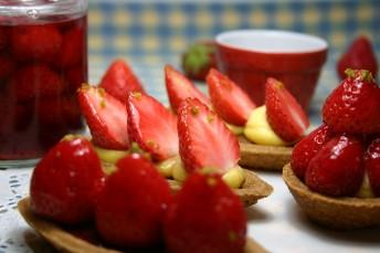 5月お菓子教室は「苺タルト&苺ジャム」