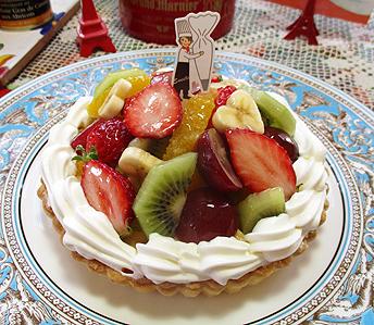 季節の果物とタルト