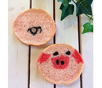 子豚のデコ食パン