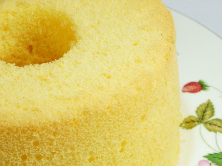 青森県三沢市お菓子教室キッチンマムでは無添加のシフォンケーキを販売いたしております。
